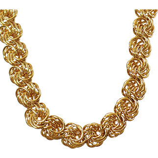 Vintage Heavy Gold Tone Chain Necklace. Heavy Bold Gold Swirl Link Chain Choker.
