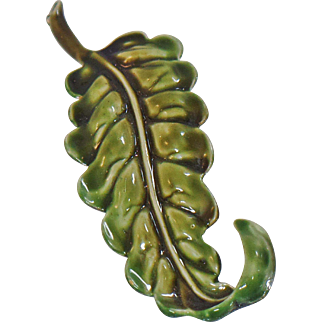 Vintage Har Leaf Brooch. Green Leaf Pin by Har.
