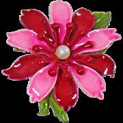 Vintage Pink Red Flower Brooch. Dark Red Pink Enamel Flower Power Pearl Pin. Mod Flower Brooch.
