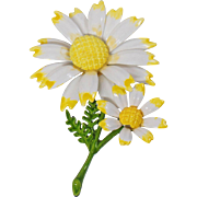 Vintage White and Yellow Daisy Brooch. White and Yellow Flower Pin. 70s Retro Mod Flower Power Pin