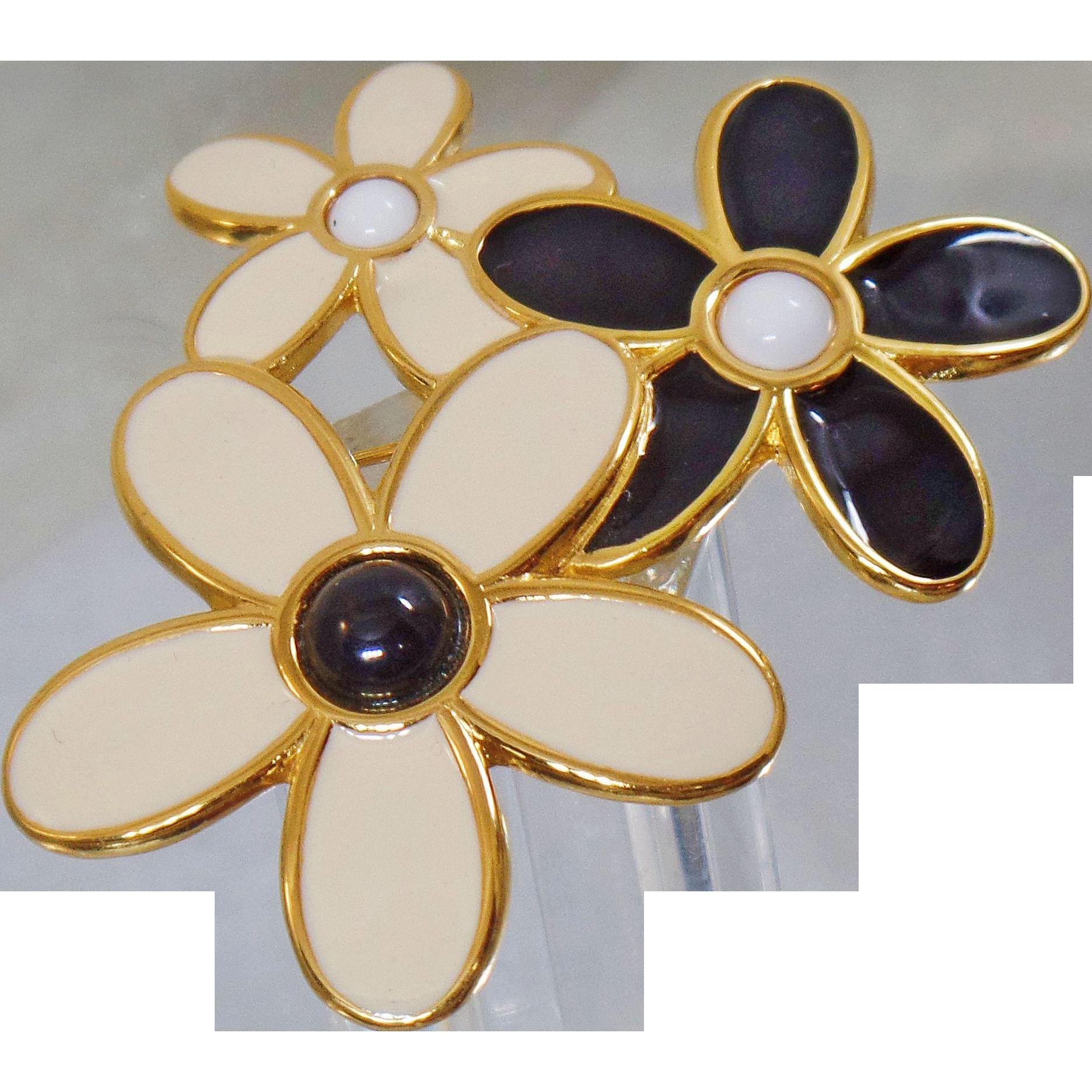 Vintage Cream Black White Flower Brooch. Monet. Enamel Flower Cluster Pin.