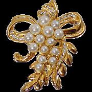 Vintage Rhinestone Pearl Brooch. Faux Pearls and Rhinestones Ribbon Pin.