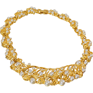 Vintage Napier Gold Pearl Necklace. Statement Piece. 1970s Gold Plated Pearl Choker.