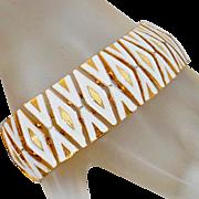 Vintage White and Gold X and O Bracelet. White Enamel Modernist X and O Bracelet. Hugs and Kisses Bracelet.