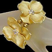 Vintage Gold Rhinestone Flower Bracelet. Brushed Gold Tone Rhinestone Blossom Bracelet.