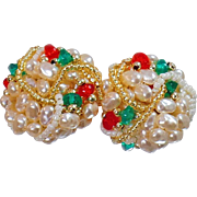 Vintage Pearl Beaded Christmas Earrings. Pierced Earrings. Christmas Red, Green and Gold Pearl Earrings.