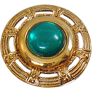 Vintage Greek Style Green Gold Brooch. Emerald Green Cabochon Rhinestone Pin. Gold Circle Green Cabochon Brooch.
