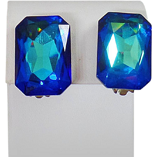 Vintage Large Blue Rhinestone Earrings. Single Stone Blue Green Rhinestone Earrings. Large Solitaire Emerald Blue Earrings.