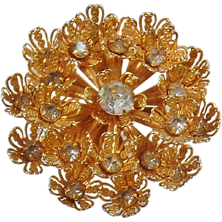 Vintage Large Gold Clear Rhinestone Snowflake Brooch. Filigree Flower Gold and Clear Rhinestone Snowflake Pin.