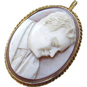 Vintage Yellow Gold Hard Carved Shell Cameo Pin Pendant Portrait of Gentleman