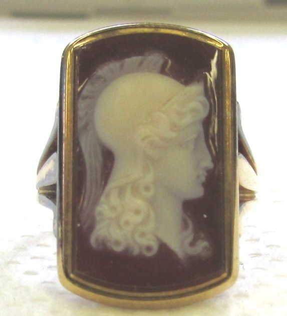 Antique Victorian 18K Gold Hardstone Cameo Ring Athena