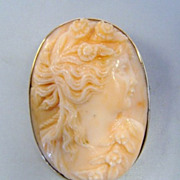 Antique Edwardian 14K Gold Carved Peach Coral Cameo Brooch Flora