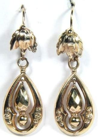 Victorian Yellow Gold Dangle Earrings c1890