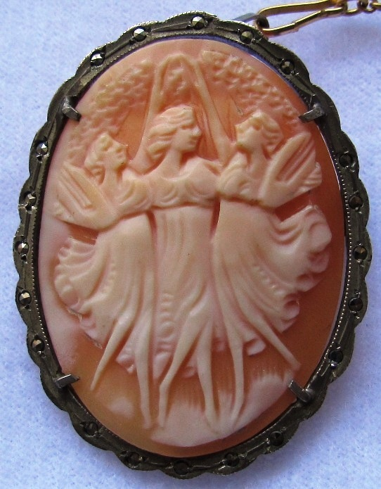 Vintage Carved Shell Cameo Pin Pendant Three Graces