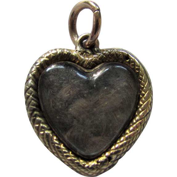 Antique 1830 Georgian 15ct Gold Sweethearts Puffy Heart Locket Charm Pendant