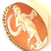 Vintage 10K Yellow Gold Carved Shell Cameo Nude Dancer Muse Brooch Pendant