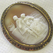 Antique Victorian Carved Shell Cameo Brooch Court Couple