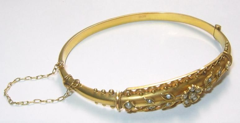 Antique Edwardian 9ct Yellow Gold Bangle Bracelet Pearl Floral Foliage