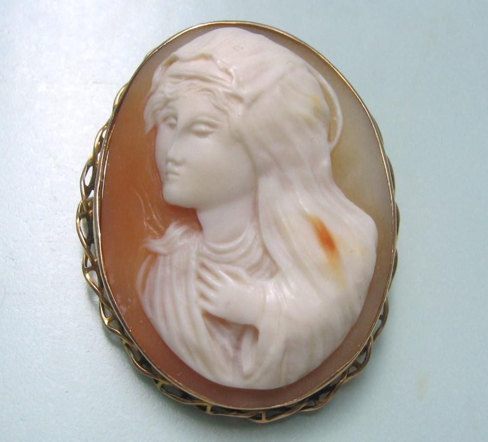 Antique 10K Yellow Gold High Relief Full Face Cameo Madonna Virgin Mary the Blessed Mother Pendant Brooch Combo