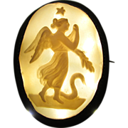 Antique 9K Yellow Gold Carved Shell Cameo Goddess