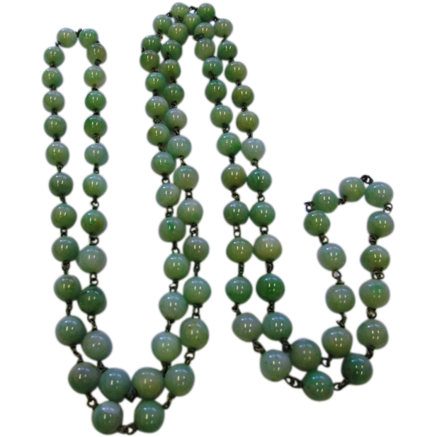 Vintage Art Deco Apple Green Jadeite Jade Beads Necklace