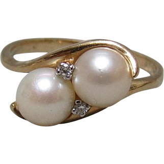 14K Gold, Cultured Pearl, and Diamond Ring