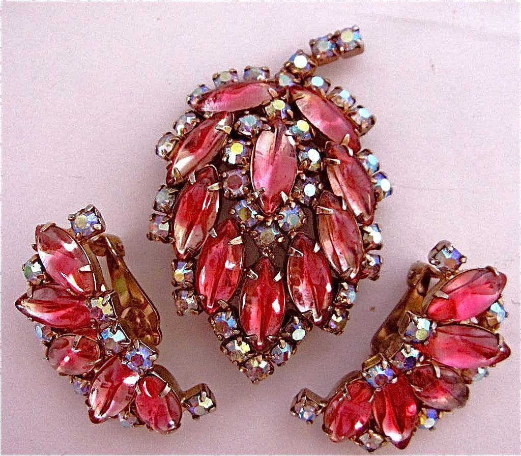 Vintage Spectacular  Pin & Earrings Set Pink AB & Rhinestones Must see
