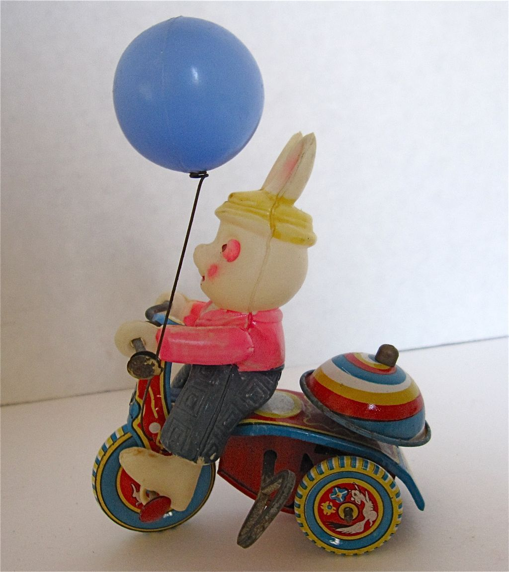 Vintage Japan Tin Toys : Vintage japanese wind up tin toy rabbit riding a tricycle