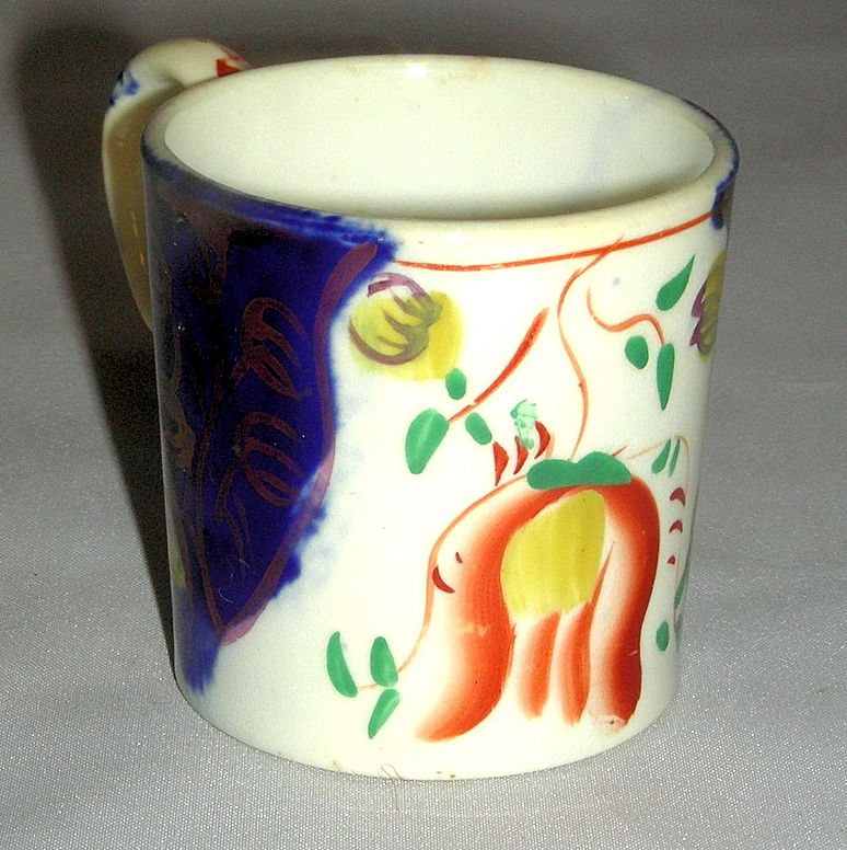 Tiny Gaudy Welsh Tulip Pattern Child's Mug, c. 1840