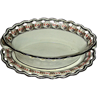 "c. 1800 Spode Creamware Basket & Tray: ""Feather & Ribbon"" Pattern"