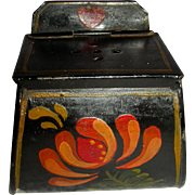 Unusual Decorated Toleware (Tin) Belt Bait Box