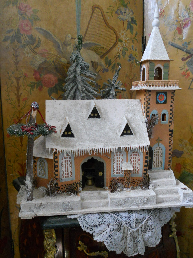 ~~~ Wonderful German Christmas Church / Dresden circa 1920 ~~~