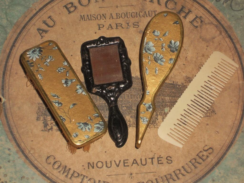 ~~~ French Poupee 4 Piece Toilette Accessory Garniture ~~~