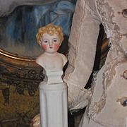 ~~~ Rare Tiny French Miniature Bisque Bust for Doll Salon ~~~