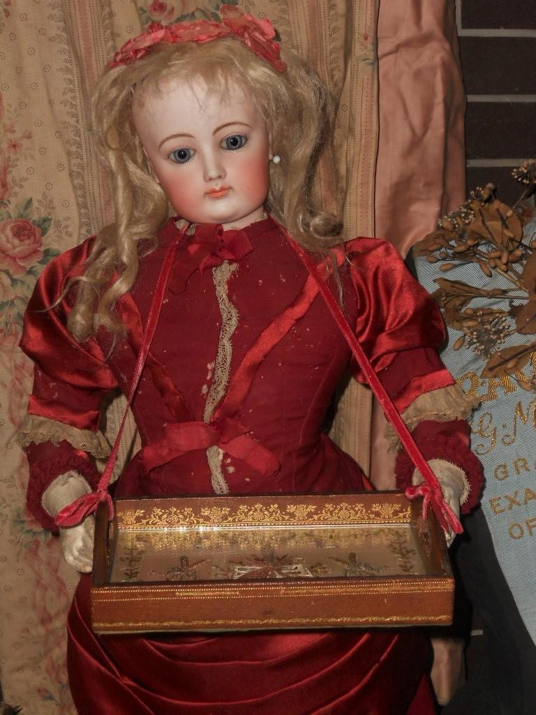 ~~~ French Doll´s Antique Serving Trays with Hand Embroidery ~~~