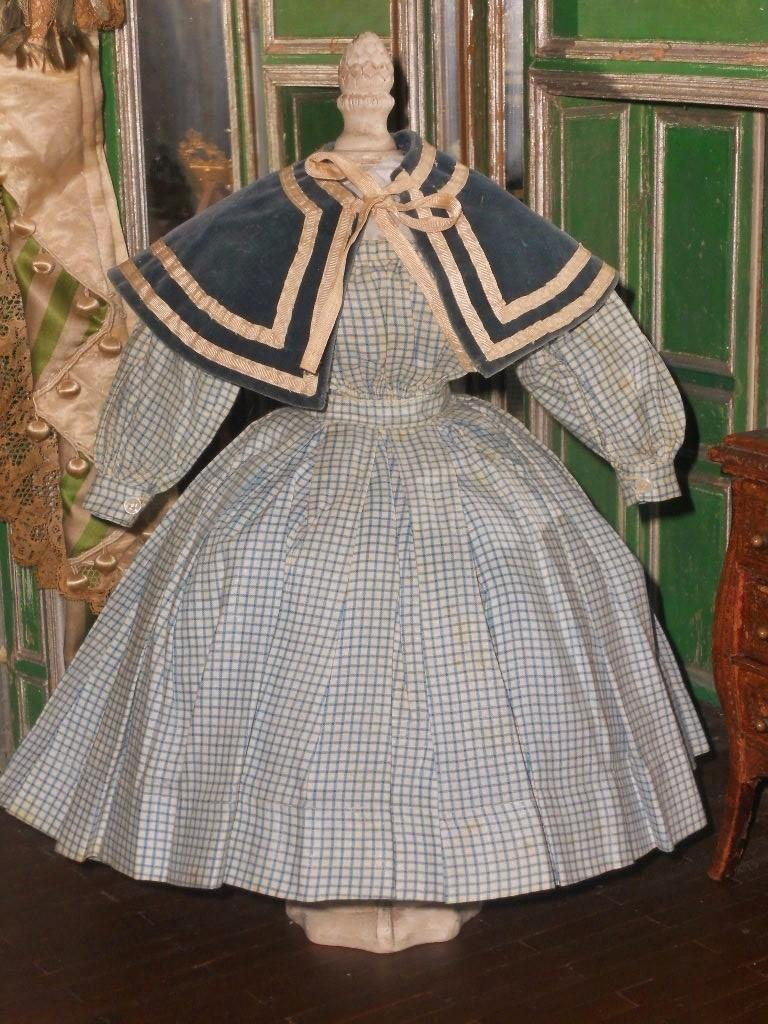 ~~~ Pretty Enfantine Poupee Checkered Linen Dress with Cape ~~~