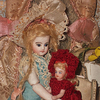 ~~~ Lovely all Original French Tiny Mignonette in Original Costume ~~~