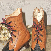 ~~~ Pretty Antique French Poupee Heeled Booties ~~~