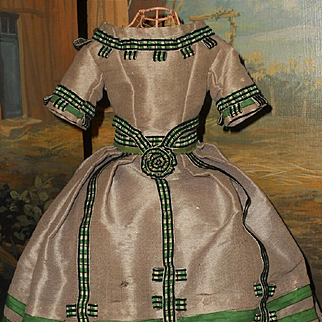 ~~~ Splendid Silk Poupee Gown circa 1860 for Huret , Rohmer , Barrois .... ~~~