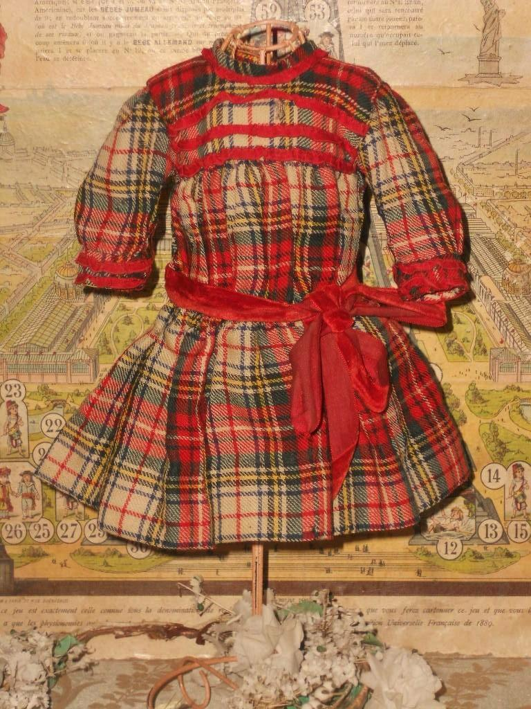 beautiful antique woven wool plaid small bebe dress 1890 from whendreamscometrue on ruby lane. Black Bedroom Furniture Sets. Home Design Ideas