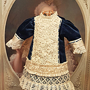 ~~~ Nice Vintage Silk and Velvet Bebe Dress ~~~