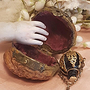 ~~~Rare  French Poupee Flacon De Sels in Nut  ~~~