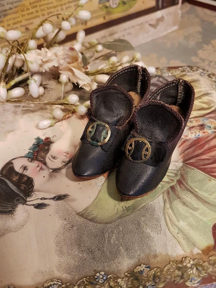 ~~~ Unusual Antique Fashion Doll Shoes ~~~