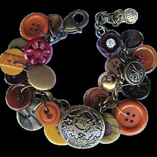 Charm Bracelet of Vintage Buttons in Autumn Colors – Burnt Sienna – Bronze – Caramel – Scarlet - Honey