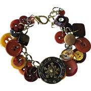 Charm Bracelet of Vintage Buttons in Fall Colors – Russet – Auburn – Tawny – Sienna