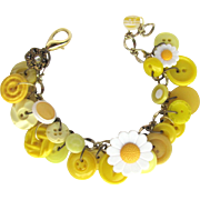 Yellow Charm Bracelet of Vintage Buttons with Daisy Buttons – Flower Shapes – Rhinestone Buttons