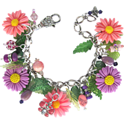 Spring Flowers Bracelet with Pink and Purple Daisies – Sparkling Crystals – Butterfly and Bee