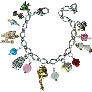 Cat Lovers Charm Bracelet with Cat Charms and Sparkling Crystals