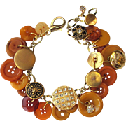 Charm Bracelet of Vintage Buttons in Shades of Gold – Carmel – Honey – Butterscotch