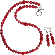 Love Knot Necklace in Shades of Red with Crimson Knots – Swarovski Crystals – Matching Earrings